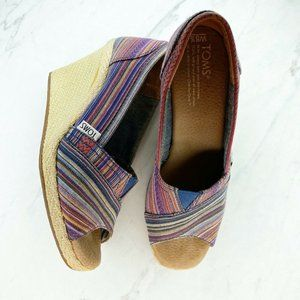 Toms Striped Peep Toe Espadrille Wedge Heels Pumps